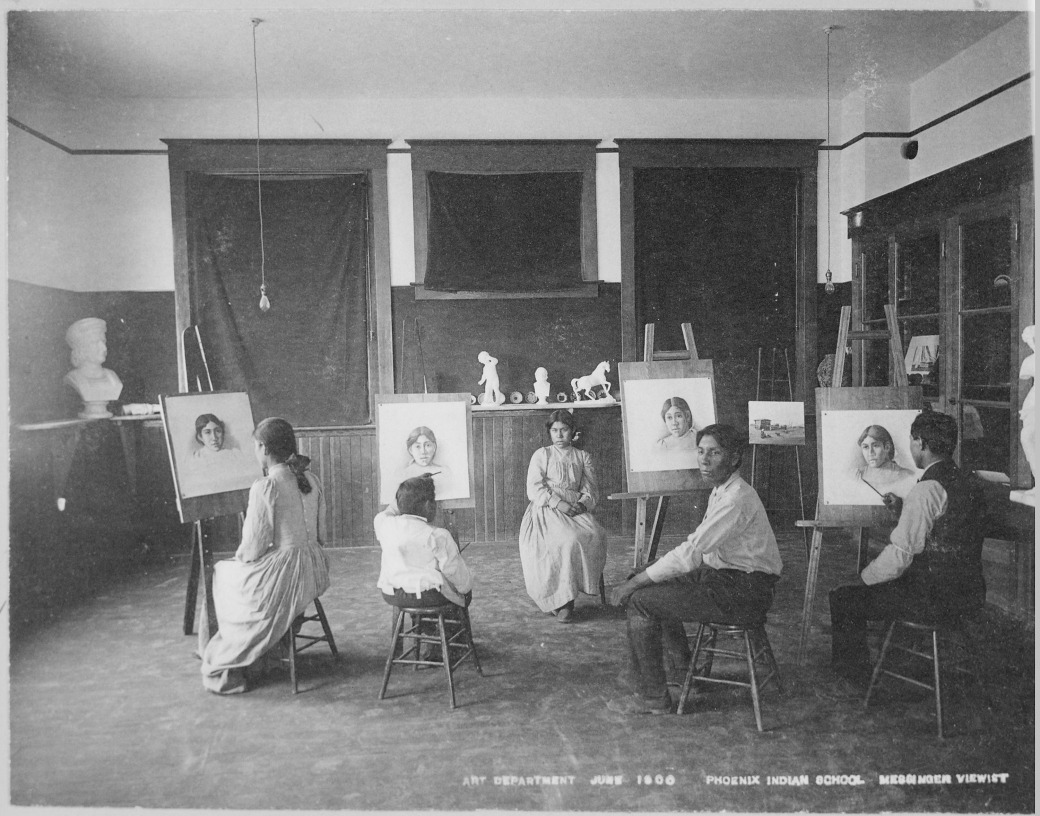 Art_Class_Phoenix_Indian_School_Arizona_06-1900_-_NARA_-_518923