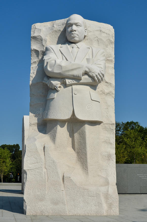 martin-luther-king-jr-memorial-washington-dc-20992946